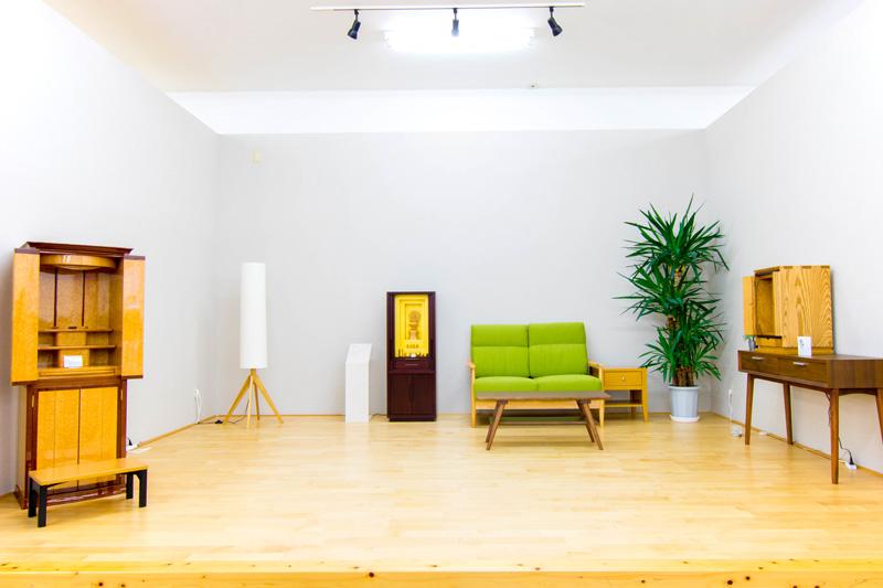 家具調仏壇床置きコーナー